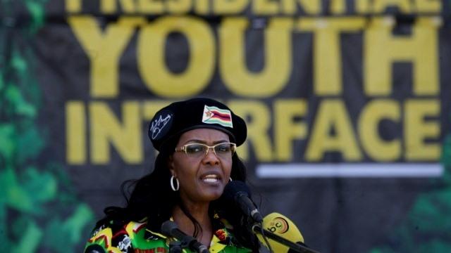 Ambición de Grace Mugabe hundió al dictador de Zimbabue