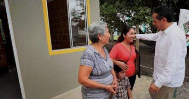 Asignan más de 200 viviendas a mujeres en Othón P. Blanco