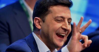 Ucrania elige presidente a un comediante